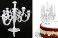 Hvid lysestage til kagen med 9 lys